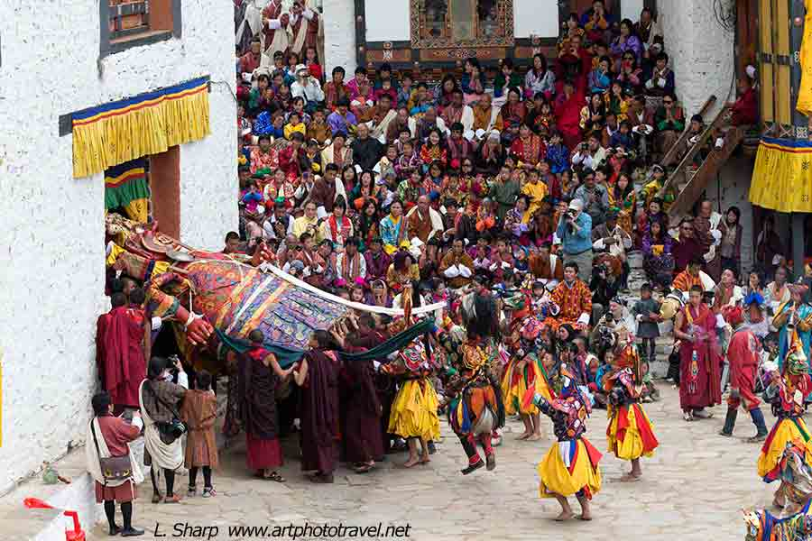Paro-Tsechu-day-4-The-Great- Shinje-Emerges