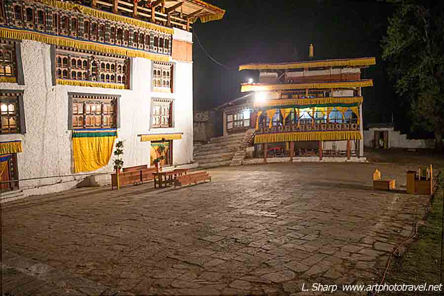 Bhutan-Paro-Tsechu-day-5-ceremonial-ground-at-1:30am