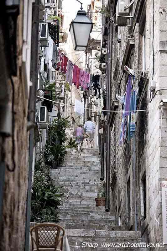 dubrovnik old town stairs and narrow lane