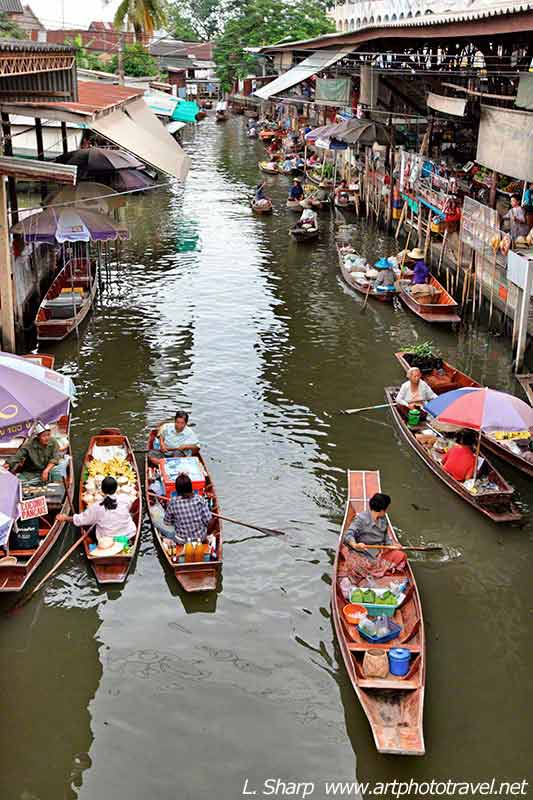 view of klong  at Floating Markets