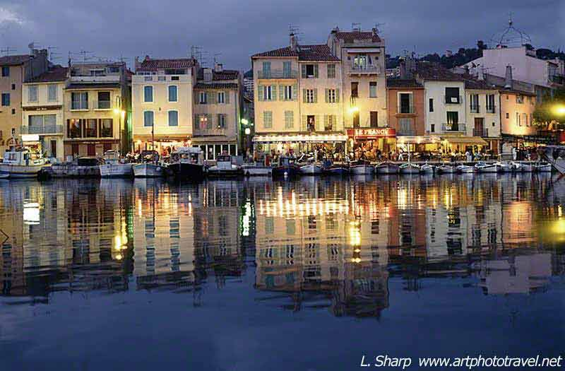 night-falls-on-cassis-harbour