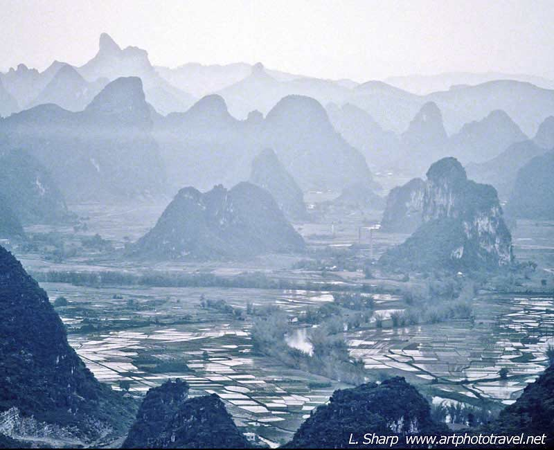 The valley near Yangshuo from Tower hill