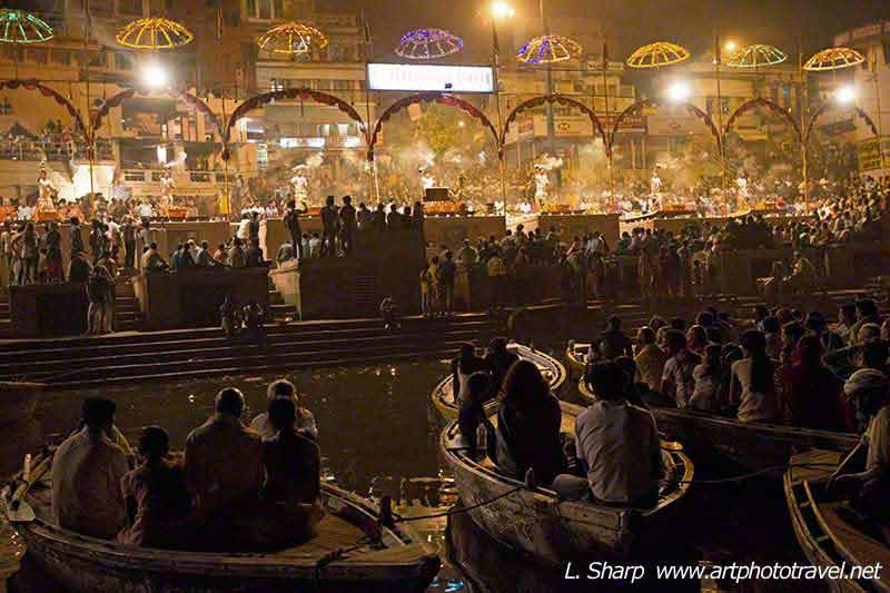 view-of-varanasi-aarti-from-boats-on-ganges