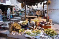 local market, Varanasi old quarter